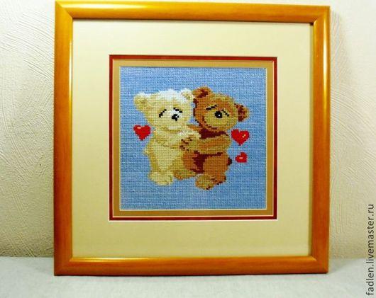 """Картина вышитая крестиком """"Мишки танцуют"""" для оформления детской комнаты. Необычный  и памятный подарок для выражения Ваших чувств."""