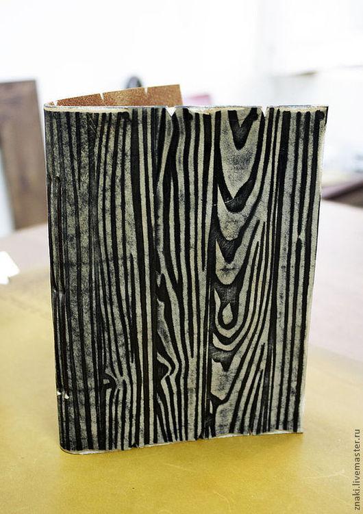 """Блокноты ручной работы. Ярмарка Мастеров - ручная работа. Купить Блокнот для записей """"Деревянный"""". Handmade. Коричневый, подарок на новый год"""