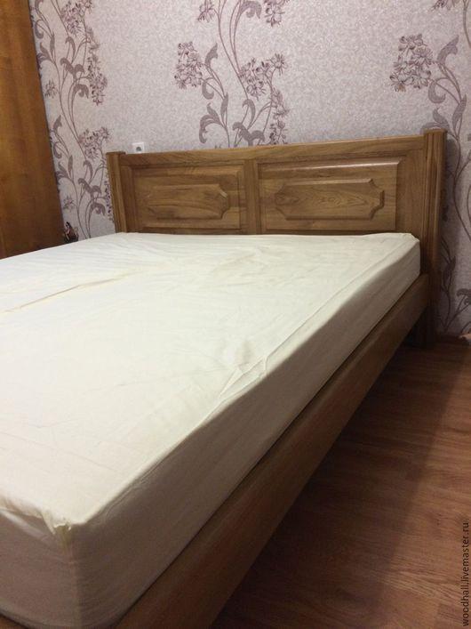 деревянная дубовая кровать из массива дуба классическая спальня прованс деревенский стиль