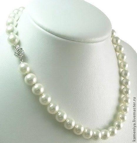 Колье, бусы ручной работы. Ярмарка Мастеров - ручная работа. Купить Ожерелье из крупного жемчуга с серебром. Handmade. Белый