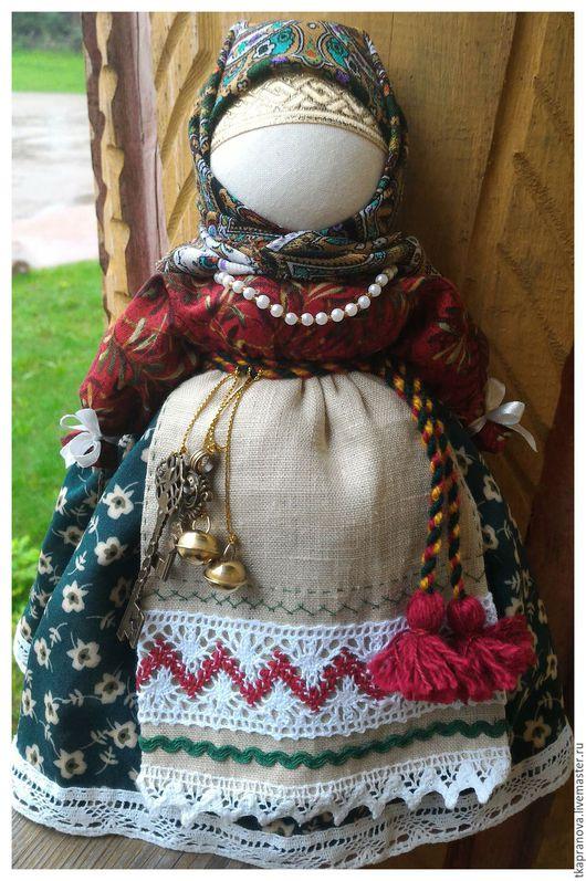 Народные куклы ручной работы. Ярмарка Мастеров - ручная работа. Купить Народная кукла Берегиня дома в зелёной юбке. Handmade.