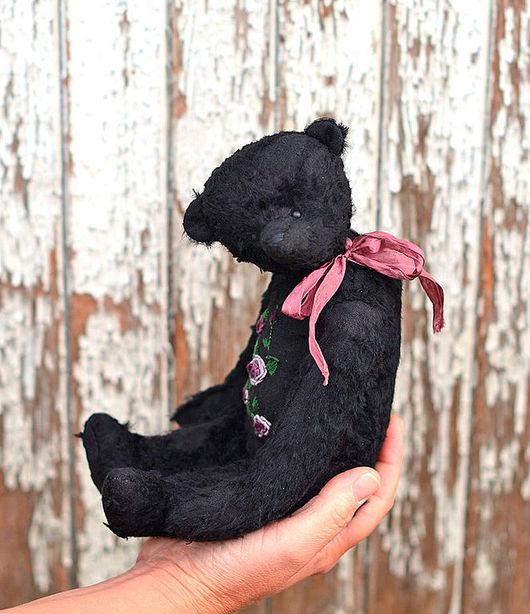 Мишки Тедди ручной работы. Ярмарка Мастеров - ручная работа. Купить Полли, мишка с вышивкой. Handmade. Черный