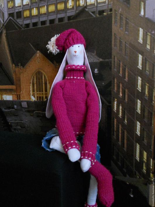 Куклы Тильды ручной работы. Ярмарка Мастеров - ручная работа. Купить Тильда Заяц Большой в свитере и шапке. Handmade. Фуксия