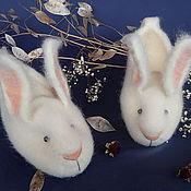 Обувь ручной работы. Ярмарка Мастеров - ручная работа Белые кролики. Тапочки шерстяные валяные.. Handmade.