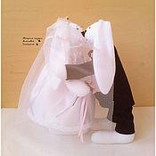 Куклы и игрушки ручной работы. Ярмарка Мастеров - ручная работа Свадебные зайцы. Свадьба. подарок на свадьбу. Белые.. Handmade.