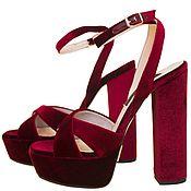 Обувь ручной работы handmade. Livemaster - original item Sandalias de italiano de terciopelo burdeos