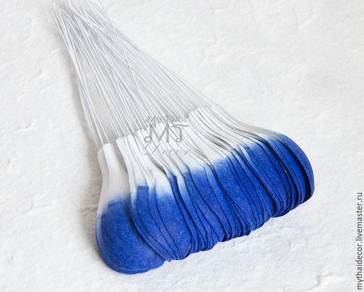 Лепестки бело-голубые закругленные большие My Thai Материалы для флористики из Таиланда