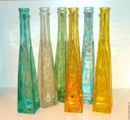 вазы из цветного стекла