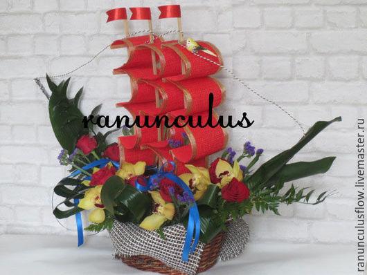 Букеты ручной работы. Ярмарка Мастеров - ручная работа. Купить Корабль из цветов. Handmade. Комбинированный, корабль, игрушка из цветы, корабли
