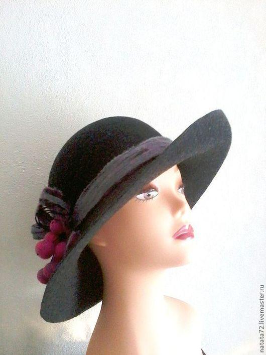 Шляпа из фетра Ягодка