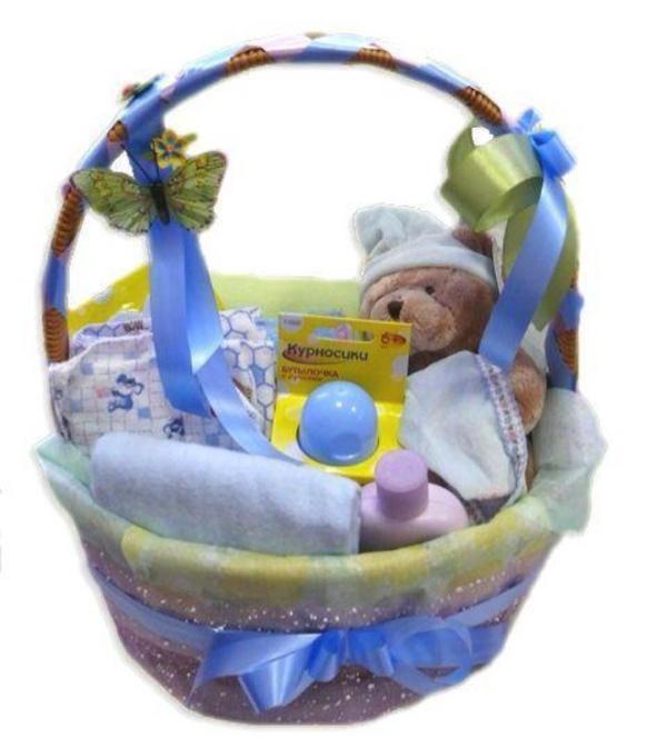 Что подарить новорожденному ребенку своими руками