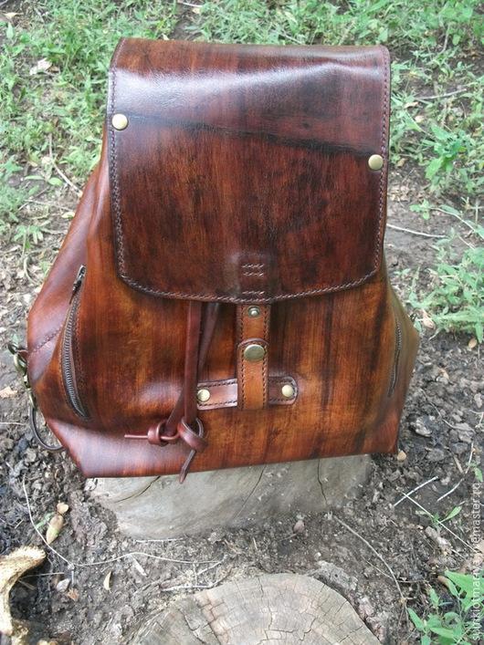 Женские сумки ручной работы. Ярмарка Мастеров - ручная работа. Купить Сумка-рюкзак из кожи Красное дерево. Handmade. Коричневый
