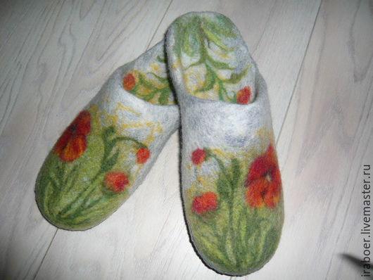 Обувь ручной работы. Ярмарка Мастеров - ручная работа. Купить Тапочки валяные женские с маками. Handmade. Комбинированный, тапочки женские