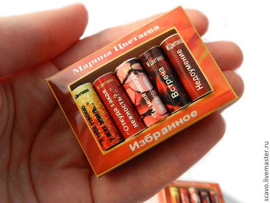 Магниты ручной работы. Ярмарка Мастеров - ручная работа. Купить Стихи Цветаевой в миникнигах. Handmade. Коралловый, магнит, аксессуары для кукол