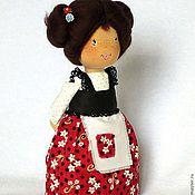 Куклы и игрушки ручной работы. Ярмарка Мастеров - ручная работа Текстильная кукла Nancy - красный, в цветочек, улыбка, веселая. Handmade.