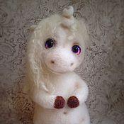 Куклы и игрушки ручной работы. Ярмарка Мастеров - ручная работа Единорог (дом нашел). Handmade.
