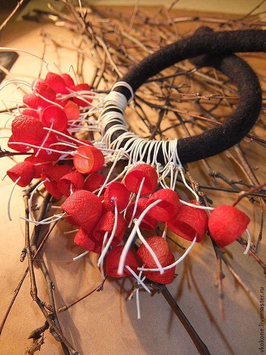 """Колье, бусы ручной работы. Ярмарка Мастеров - ручная работа. Купить Колье """"ЗимHяя рябиHа"""". Handmade. Ярко-красный, колье"""