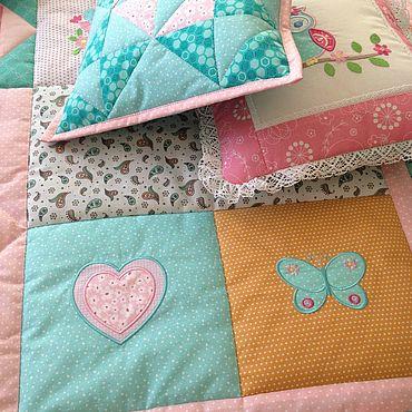 Для дома и интерьера ручной работы. Ярмарка Мастеров - ручная работа Лоскутный комплект Лоскутное одеяло Лоскутные подушки Валик. Handmade.