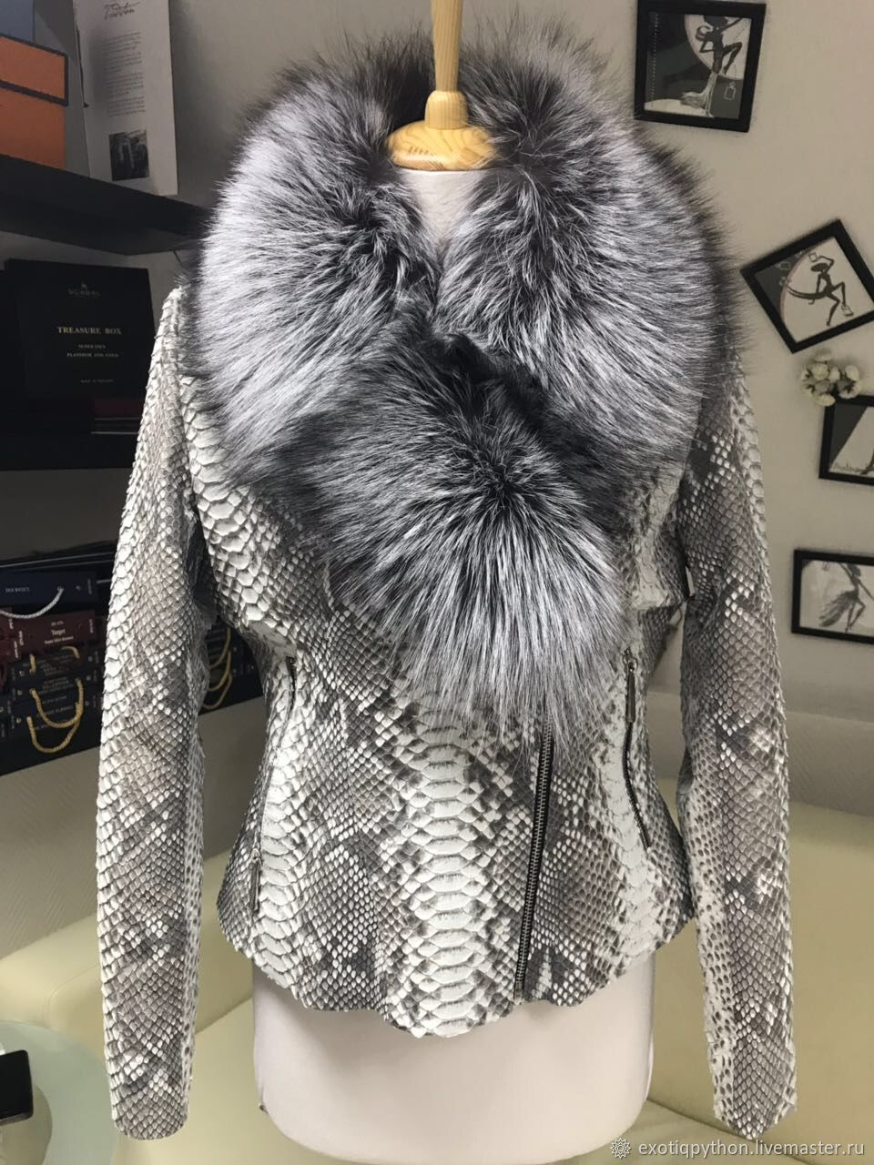 Python skin jacket insulated with silver Fox fur, Outerwear Jackets, Moscow,  Фото №1