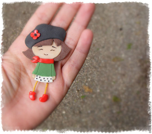 Броши ручной работы. Ярмарка Мастеров - ручная работа. Купить Девочка в красных сапожках (брошь). Handmade. Брошь из полимерной глины