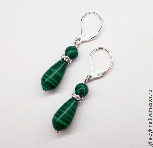 Серьги из малахита, длина серьги -около 4 см. швензы серьги - серебро. серьги - замечательный подарок на любой праздник! Серьги малахитовые зеленые.