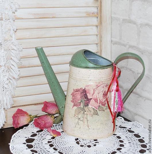 """Лейки ручной работы. Ярмарка Мастеров - ручная работа. Купить Лейка """"Нежные розы"""". Handmade. Зеленый, лейка для цветов"""