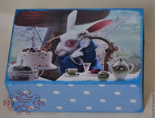 """Шкатулки ручной работы. Ярмарка Мастеров - ручная работа. Купить Короб-перевертыш """"Алиса и Белый кролик"""".. Handmade. Декупаж"""