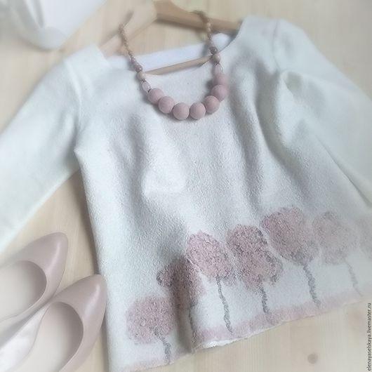 """Кофты и свитера ручной работы. Ярмарка Мастеров - ручная работа. Купить Свитерок """" Весна в саду """". Handmade."""