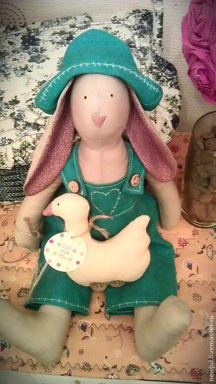 Куклы Тильды ручной работы. Ярмарка Мастеров - ручная работа. Купить Кролик Тильда с  гусем. Handmade. Бирюзовый, интерьерная кукла