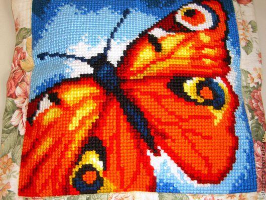 """Текстиль, ковры ручной работы. Ярмарка Мастеров - ручная работа. Купить Комплект декоративных вышитых подушек  """"Бабочки"""". Handmade."""