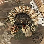 Для дома и интерьера ручной работы. Ярмарка Мастеров - ручная работа Декоративный осенний венок на дверь. Handmade.