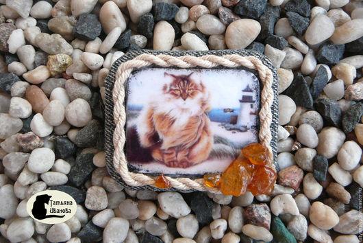 """Броши ручной работы. Ярмарка Мастеров - ручная работа. Купить Брошь """"Янтарный кот"""".. Handmade. Серый, украшение, стильное украшение"""
