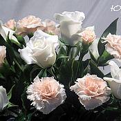 Цветы и флористика ручной работы. Ярмарка Мастеров - ручная работа Букет из гвоздик и роз. Handmade.