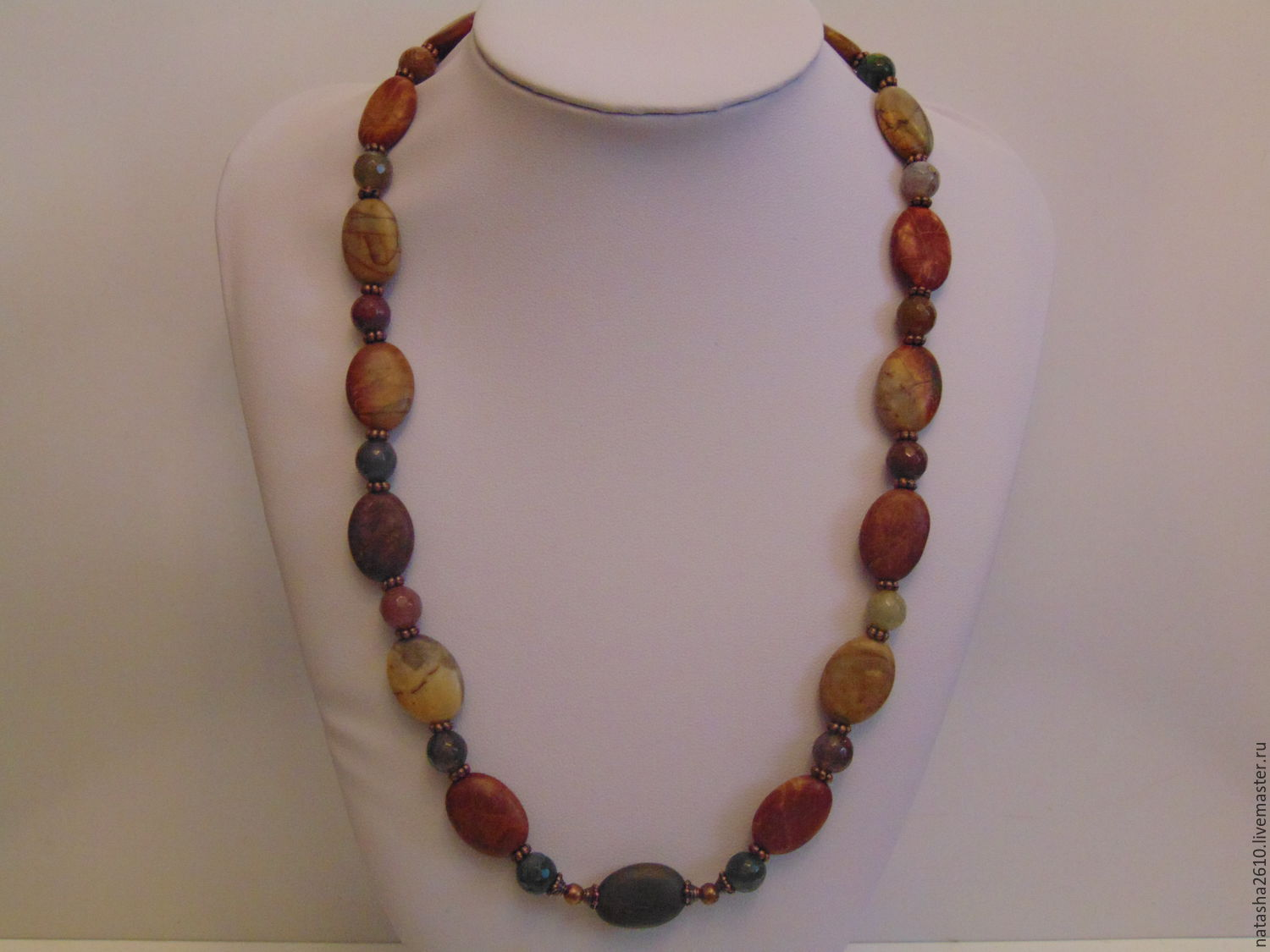 Beads from natural stones of jade and agate, Necklace, Velikiy Novgorod,  Фото №1