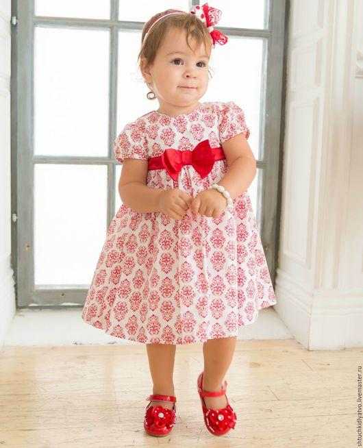 Одежда для девочек, ручной работы. Ярмарка Мастеров - ручная работа. Купить Батистовое платье с красным пояском. Handmade. Комбинированный, хлопок