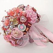 Свадебный салон ручной работы. Ярмарка Мастеров - ручная работа Букет невесты из ткани и пуговиц Розовый Шоколад. Handmade.