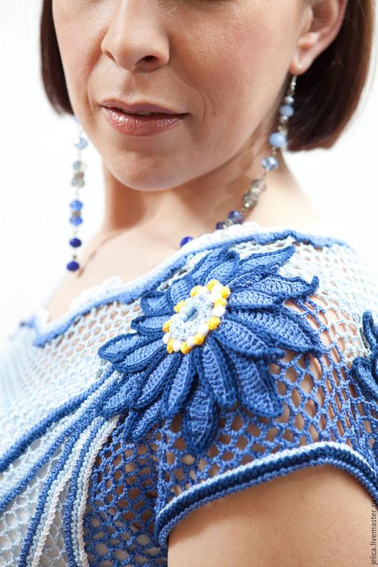Туника крючком, вязанная из хлопка. Платье крючком. Ирландское кружево. Регулярная сеточка. Колокольчик. Пляжная мода. Голубая, синяя туника.