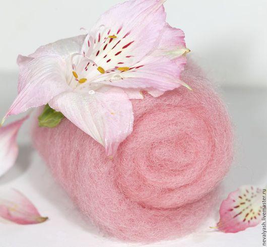 Валяние ручной работы. Ярмарка Мастеров - ручная работа. Купить Кардочес Цветочный (розовый). Handmade. Розовый, шерсть, шерсть 100%