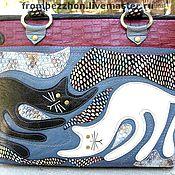 """Сумки и аксессуары ручной работы. Ярмарка Мастеров - ручная работа Кожаная сумочка по мотивам """"восемь лап и два хвоста"""". Handmade."""