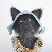 Куклы и игрушки ручной работы. Ярмарка Мастеров - ручная работа Арси, валяный волк-рыбачок. Handmade.