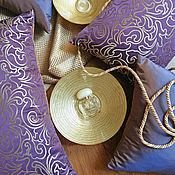 Для дома и интерьера ручной работы. Ярмарка Мастеров - ручная работа Фиолетовые подушки с золотом. Handmade.
