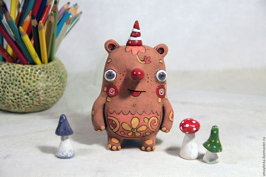Статуэтки ручной работы. Ярмарка Мастеров - ручная работа. Купить Мишка цветочный. Handmade. Комбинированный, керамика ручной работы, ангобы