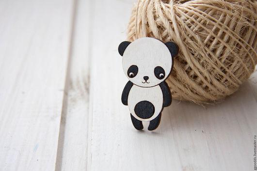 Броши ручной работы. Ярмарка Мастеров - ручная работа. Купить Брошь деревянная панда. Handmade. Чёрно-белый, брошь деревянная