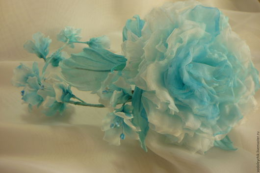 """Диадемы, обручи ручной работы. Ярмарка Мастеров - ручная работа. Купить Украшение для волос """"Снегурочка"""". Handmade. Голубой, роза из шелка"""
