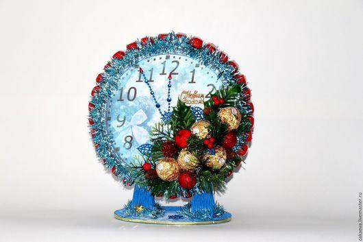 Новый год 2017 ручной работы. Ярмарка Мастеров - ручная работа. Купить Новогодний букет конфет. Handmade. Букет, часы, 2016 год