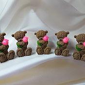 Мыло ручной работы. Ярмарка Мастеров - ручная работа Мишка с цветочком.Фигурное мыло ручной работы. Handmade.
