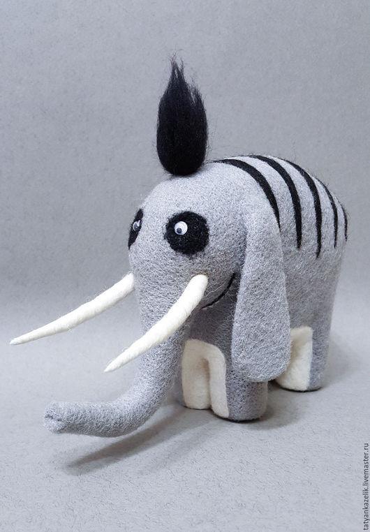 Сказочные персонажи ручной работы. Ярмарка Мастеров - ручная работа. Купить Слон редкий. Handmade. Серый, валяная игрушка, проволка