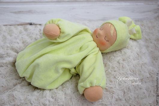 """Вальдорфская игрушка ручной работы. Ярмарка Мастеров - ручная работа. Купить Сплюшка """"Желтенький одуванчик""""  - вальдорфская куколка. Handmade. Желтый"""