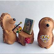Куклы и игрушки ручной работы. Ярмарка Мастеров - ручная работа Художник и модель. Ежи. Керамика. Handmade.