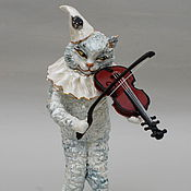 Для дома и интерьера handmade. Livemaster - original item Cat violinist.Porcelain figurine.. Handmade.